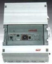 Kontrolna table za 4 pumpe, sat, zaštita od preopterećenja i  GFCI