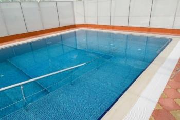 drzac za ulazak u bazen za osobe sa invaliditetom